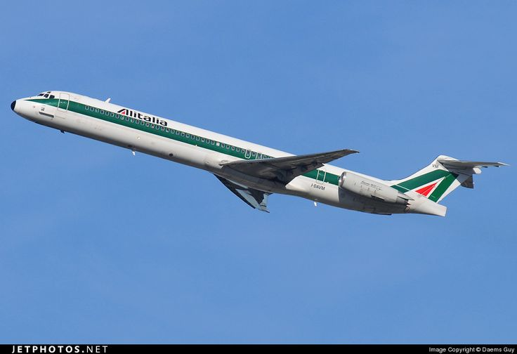 McDonnell Douglas MD-82, Alitalia, I-DAVM, cn 49434/1446, 141 passengers, first flight 26.1.1988, Alitalia delivered 1.3.1988. Foto: Brussels, Belgium, 10.2.2008.