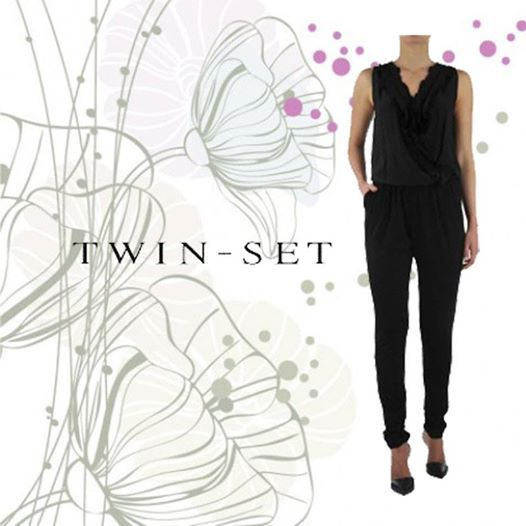 La tuta nera di Twin Set è perfetta in ogni occasione ! http://www.beenfashion.com/it/donna/abiti/twin-set-tuta-intera.html?utm_source=pinterest.comutm_medium=postutm_content=twin-set-tuta-nerautm_campaign=post-prodotto