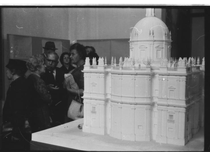 A maquete para a cúpula da Igreja de Santa Engrácia.
