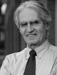 Né au Saguenay en 1943, Gérard Bouchard vit aujourd'hui à Chicoutimi où il enseigne au Département des sciences humaines de l'Université du Québec à Chicoutimi. Après avoir obtenu un baccalauréat en arts au Collège de Jonquière, un baccalauréat et une Maîtrise en sociologie à l'Université Laval, il fait, en 1971, un doctorat en histoire à l'Université de Paris (Nanterre).  Depuis 1971, il est professeur d'histoire et de sociologie à l'Université du Québec à Chicoutimi (UQAC). Parallèlement…