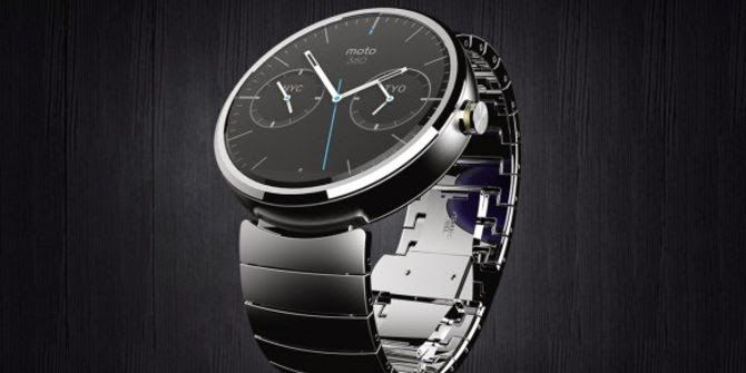 This is the Price Moto 360, Motorola's Charming Smartwatch - Finally Motorola smartwatch flagship will soon greet the market with designs that include a 'different' from other smartwatches. #smartwatch #motorola #gadget