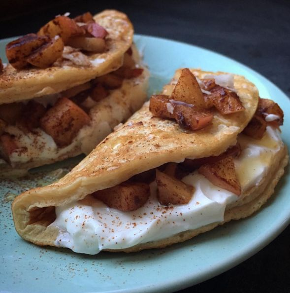 Apple Cinnamon Crepes shared by sadiekins_tiu! 1 scoop Vanilla Latte Perfect Fit Protein, 3 egg whites, 1 tbsp unsweetened almond milk. Blend all ingredients together until smooth. Cook on a griddle with low heat. Top with plain greek yogurt, apples sautéed with cinnamon & coconut oil, then sprinkle with cinnamon and a drizzle of honey. Makes 2 servings.