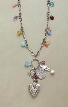 SWEET MOMENTS NECKLACE