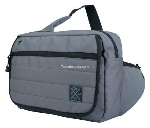 Tas pria RND 17-502 adalah tas pria yang bagus kuat dan trendy...