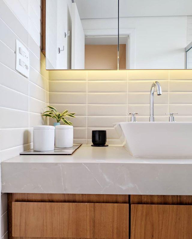 O Banho Do Casal Na Croata E Meio A Meio Meio Portobello Liverpool White Meio Liverpool Portland Decoracao Do Banheiro Banheiro Pequeno Decoracao Banheiro