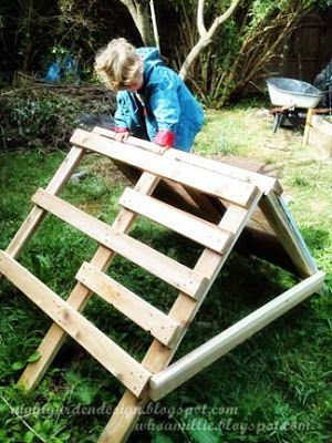 portable 2x4 climbing structure from http://nightgardendesign.blogspot.com/2013/05/climbing-structure-for-climbing-climber.html