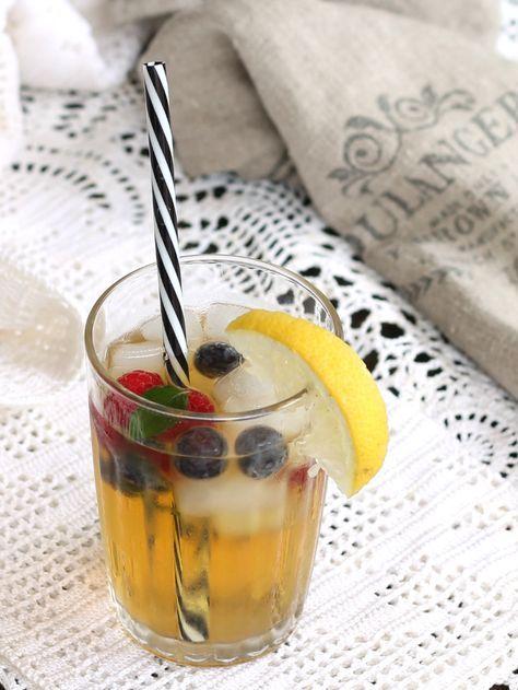 Te freddo al limone ricetta per prepararlo in casa e qualche suggerimento per servire il the in maniera sfiziosa e diversa per un aperitivo freddo.