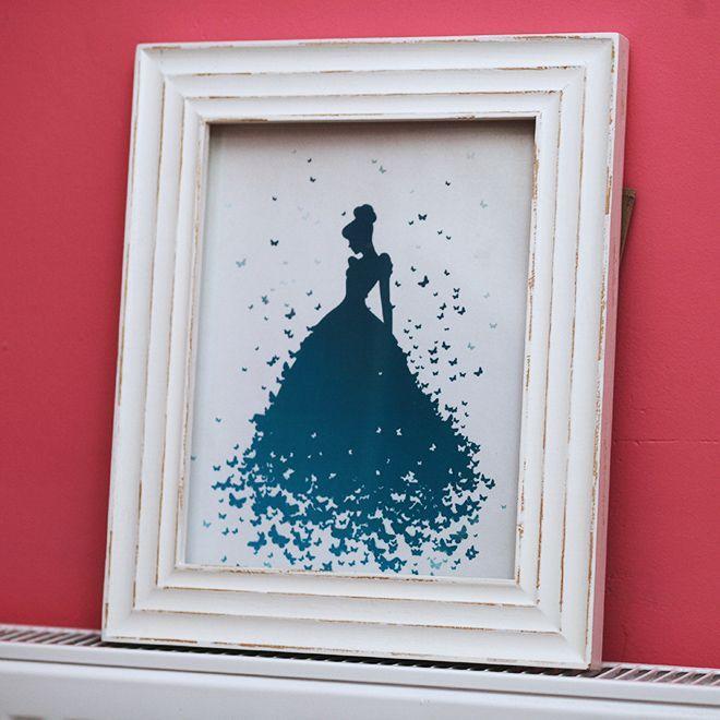 Réalisez un superbe portrait de Cendrillon pour la chambre de votre enfant grâce à l'art de la silhouette ! #Cendrillon #Disney #DoItYourself #DIY