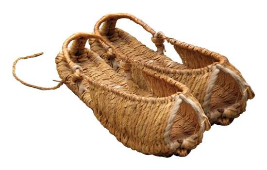 Korean straw shoe - shinbal.  In korean language, 'shin' means shoe and 'bal' foot.