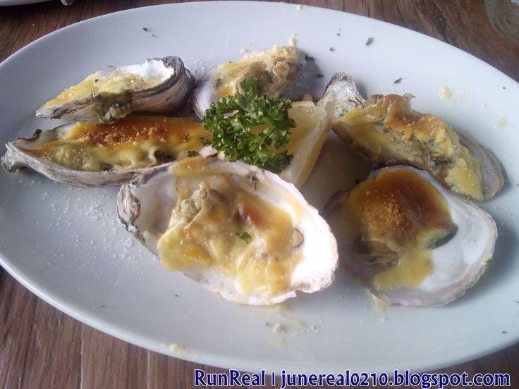 Oyster Rockefeller http://junereal0210.blogspot.com/