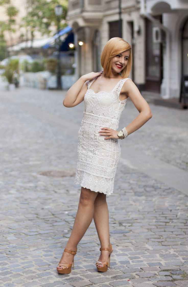 My #amazing #Massimo #Dutti #lace #dress! http://visiononfashion.blogspot.ro/2015/09/houndstooth-print-for-fall.html
