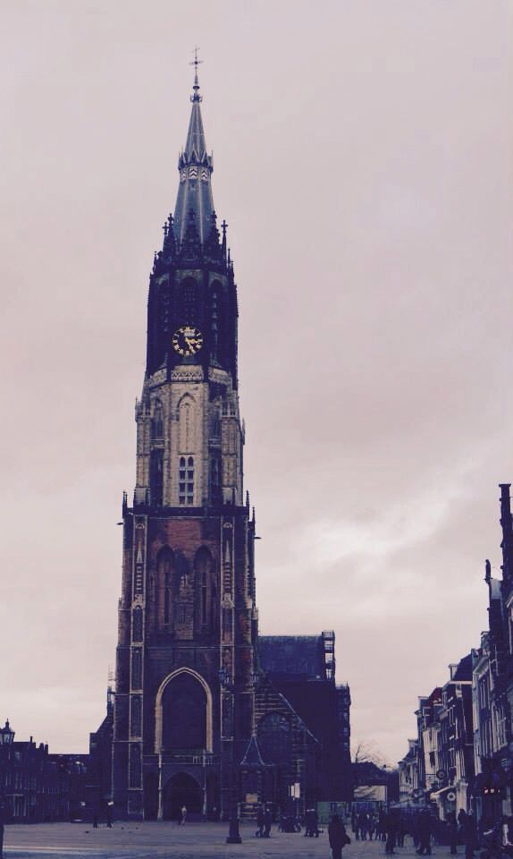 Delft's New Church (Nieuwe Kerk) located on Delft Market Square is the second highest country in the country