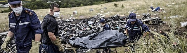 """Oekraïense luchtverkeersleiding stuurde rampvlucht MH17 over conflictgebied"" - http://www.ninefornews.nl/oekraiense-luchtverkeersleiding-stuurde-rampvlucht-mh17-conflictgebied/"