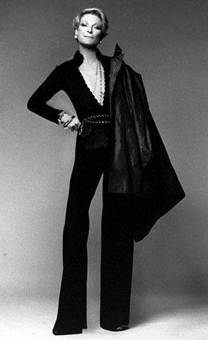 The great and flawless style of New York socialite NAN KEMPNER in Saint Laurent outfit, photo by Richard Avedon, 1974