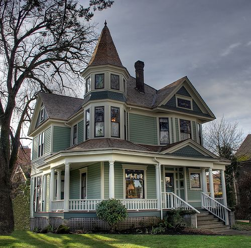 1604 best for the home curb appeal images on pinterest for Victorian house trim