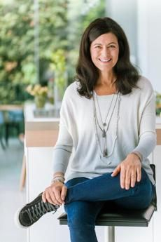 """""""Our food system is failing us — and Laurie David is fed up"""" - Boston Globe with Laurie David about her documentary, """"Fed Up"""""""