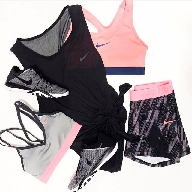 TIP ✅ If you are a morning workout person but sometimes don't have the motivation, try laying out all the clothes you are going to wear the next day! Pack your gym bag the night before so all you have to do is roll out of bed, get dressed and go. Another tip is to not give up! If you wake up and don't feel like working out in a gym, put your clothes on a go for a walk - something is better than nothing www.kaylaitsines.com/app @stylerunner