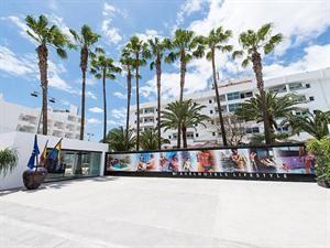 Hotel Axel Beach  Description: Algemene beschrijving: Axel beach Maspalomas in Playa del Inglés heeft 92 kamers verdeeld over 5 verdiepingen. De dichtstbijzijnde plaatsen vanuit het hotel zijn Vecindario (22 km)...  Price: 313.00  Meer informatie  #beach #beachcheck #summer #holiday