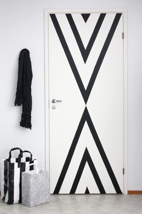 Black White Geometric Pattern Paint Door Triangle Decor Interiors Would  Love To Have This Room In My Home Great Small Kitchen Look From