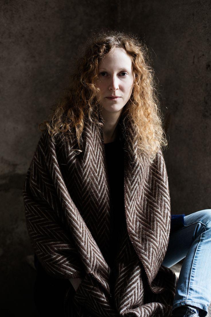 IIDA pocket shawl in 100% new wool by Lapuan Kankurit.