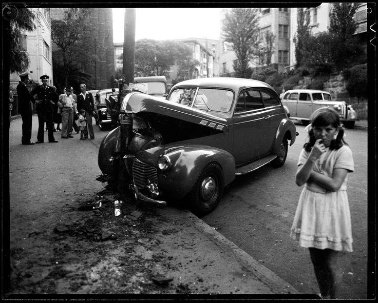 1948 - scene of an accident, Kings Cross, Sydney, Australia