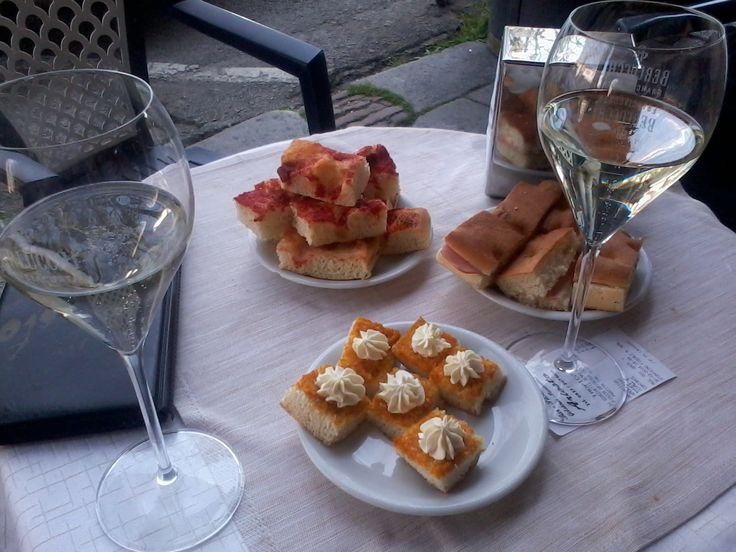 Aperitivo! What is aperitivo, and why do Italians love it so much? Find out here http://vickyhayblogger.blogspot.co.uk/2015/01/the-aperitivo-culture.html