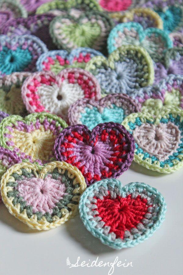 seidenfeins Dekoblog: gehäkelte BOHO Herzchen * Tutorial * crochet Boho hearts