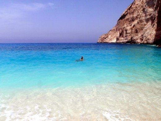 Island Hopping in Greece - The lowdown on Santorini, Crete, Ios, Mykonos & Corfu