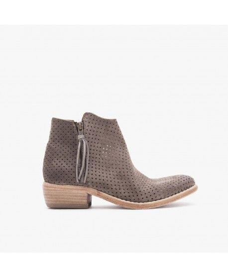 MEGAN / SUEDE PERFORATED / ELEPHANT