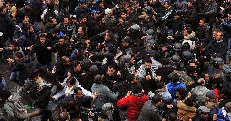 Près de 800 Arrêté Économique des Manifestations en Tunisie https://cstu.io/657353