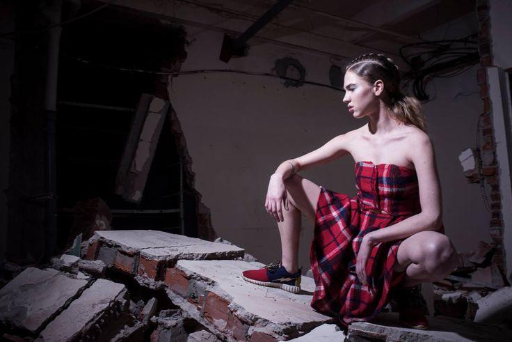27 мая состоится 7 этап 1 тура фэшн-конкурса #FolowTheFabrika. Место проведения - крутое, стильное и очень атмосферное пространство «Модуль». Показы коллекций дизайнеров, модная обстановка, новые имена и лица - все это ждет гостей, которые неравнодушны к моде.   Все самые лучшие события России с @designersfromrussia! http://designersfromrussia.ru/followthefabrika-etap-i-vii/