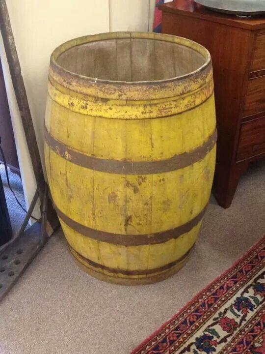 Best 1633 wooden primitives images on pinterest home decor for Whiskey barrel bathtub