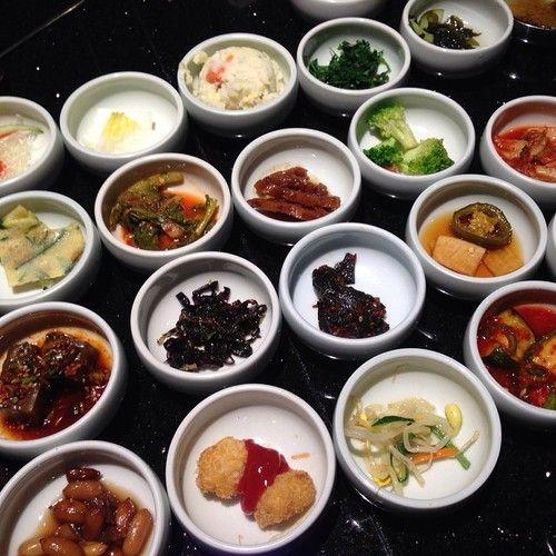 The #banchan at #korean #restaurants make me so #happy. I #love the #colors & #flavors! #koreanbbq #food #foodie #sidedish #goodfood #foodlove #foodpic #foodtrip #koreanfood #instafood #inspiration #happywhenimeating #alwayshungy #foodcravings #losangeles #caligirl #sogood #bestlife (at Genwa Korean BBQ - Beverly Hills)
