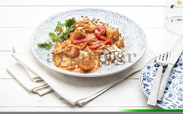 Κοτόπουλο με πιπεριές & γιαούρτι