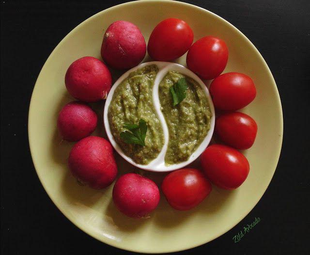 bazsalikomos zöldborsókrém tökmaggal (nyers, vegán, gluténmentes, laktózmentes, tojásmentes) / Recept / bazsalikom levél, zöldborsó, tökmag, lila hagyma, fokhagyma, fűszerek, kendermag, sörélesztő pehely