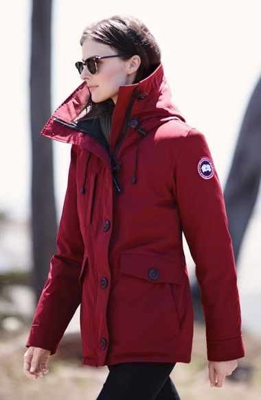 - Clean lines define a hooded parka with Arctic-inspired features adapted for everyday wear. A rugged water-resistant shell stands the test of time, while a superior 625 fill-power down blend offers c
