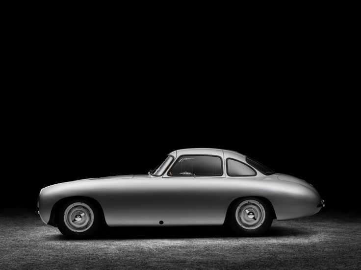 1952 mb 300sl (60th anniversary restoration): 3 L, inline 6, canted at 50 degrees, overhead cam, three Solex twin carbs & dry sump lubs, output 170 bhp for max of 143 mph (230 kph). not bad for 1952. #automotive