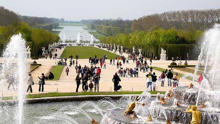 7401af7de21d391eec4f32120b27028b - Musical Fountain Shows Or Musical Gardens Versailles