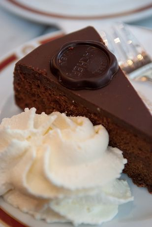 Sacher torte: la ricetta di Ernst Knam di Bake Off Italia