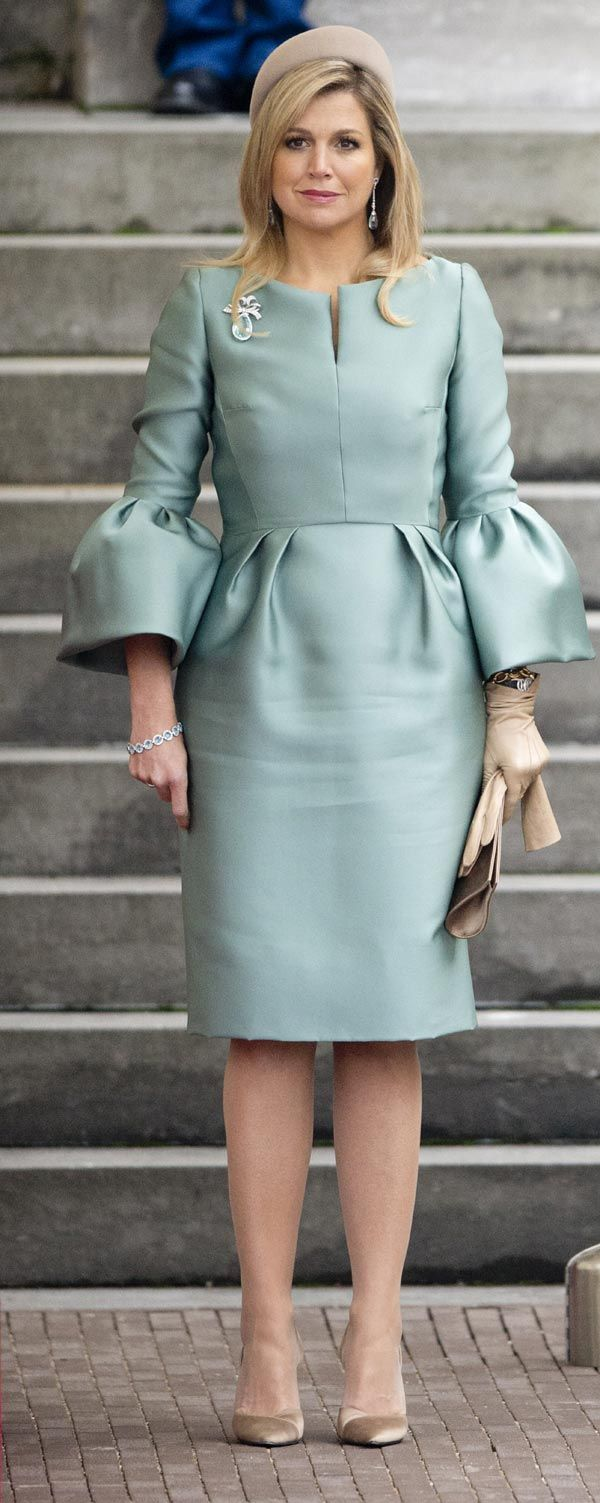 Maxima of the Netherlands: new waste of elegance to welcome the President of France