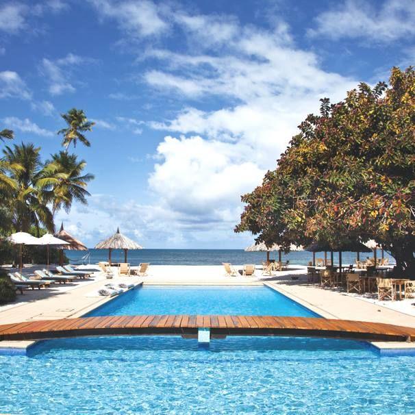 Odlučite se za put u raj, među kokosovim palmama i visokim zelenim drvećem. Iako broji svega 50 stanovnika, ova egzotična destinacija danas slovi za jednu od najtraktivnijih plaža na svetu, koju posećuje veliki broj turista. U pitanju je Deroš na Sejšelima! http://travelboutique.rs/destinacije/sej%C5%A1eli/  #sejseli #seychelles #odmor #letovanje #putovanje