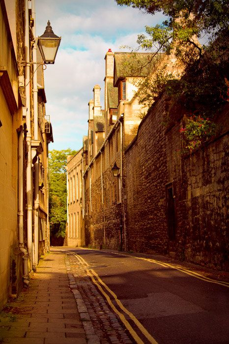 Oxford. England: