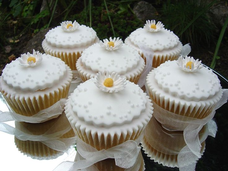 Wedding Cupcake Ideas: 359 Best Images About Wedding Cupcakes On Pinterest