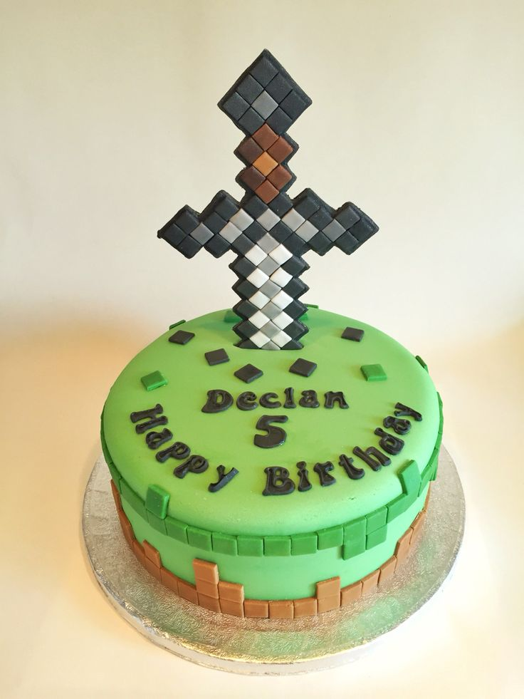 Minecraft Cake With Sword Topper Minecraft Cakes Cake