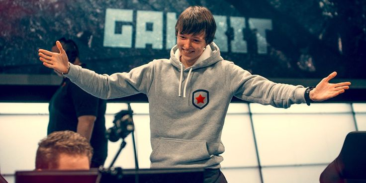 Rebuilding A Russian Legacy: Gambit Prepare For The World Championship http://www.clickon.co/68398/rebuilding-a-russian-legacy-gambit-prepare-for-the-world-championship/ #games #LeagueOfLegends #esports #lol #riot #Worlds #gaming