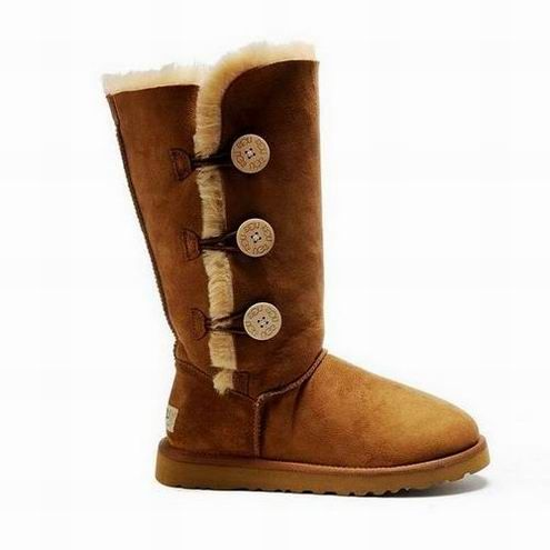 UGG Bailey Button Triplet Boots 1873 Chestnut $92.99