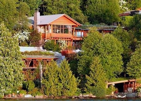 Bill Gates house is a large mansion in the side of a hill which is overlooking Lake Washington, in the exclusive suburb of Medina, Washington,USA.It took 7 years to build and cost $63 million.