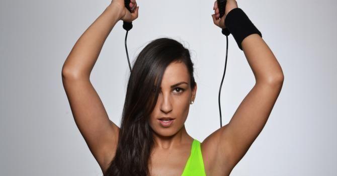 La corde à sauter : une bonne activité pour maigrir ? : http://www.fourchette-et-bikini.fr/sport/la-corde-a-sauter-une-bonne-activite-pour-maigrir-29085.html