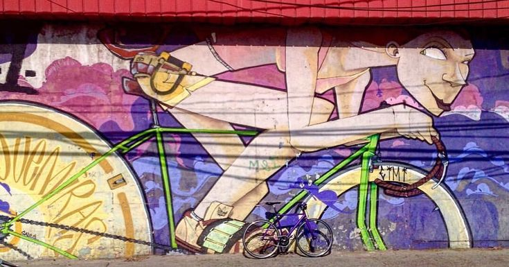 We love the combination between art and cycling.    credits: @eileenzitaclara #streetart #fixie #fixielady #fixiegirl #fixiewall #bikewall #artwall #wallart #muralessantiago #urbanbiker #saile183 #graffiti #womenonbikes #outsideisfree #whyweride  #cyclinglife #igerscycling #bikelove #velolove #bicycle #bici #ciclismo #cyclocross #instacycling #instacycle #bicicleta #urbancycling #Artivelo