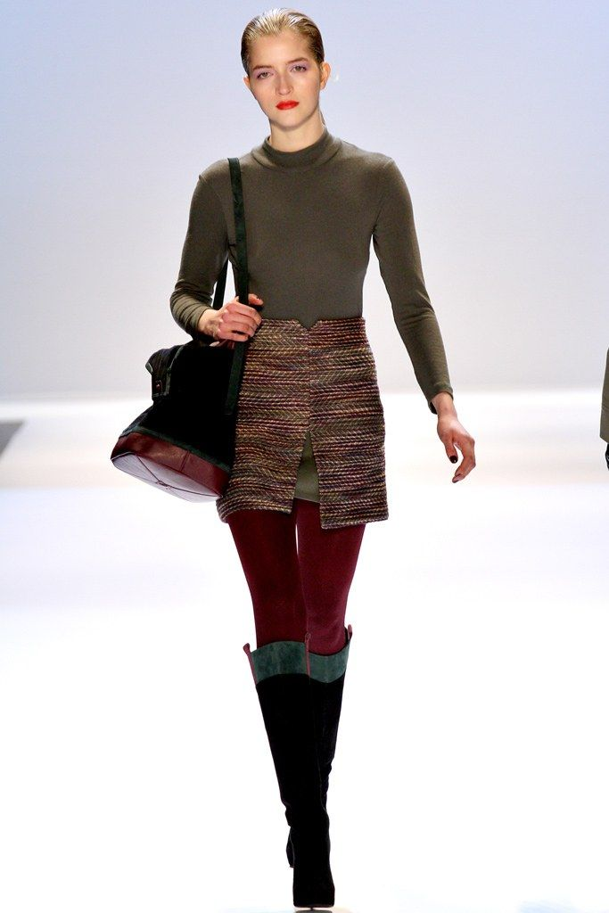 Charlotte Ronson Fall 2012 Ready-to-Wear (boots/bag)